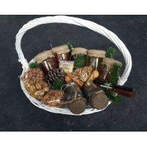Маленькая Корзинка с элитными чаями и вареньями-bakida-almaq-qiymet-baku-kupit