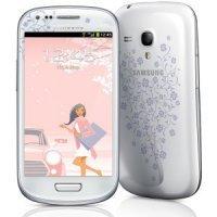 Смартфон Samsung GALAXY S3 (GT-I9300) 16 GB (white la fleur)